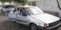 Conductores de Guananico paraliza transporte.